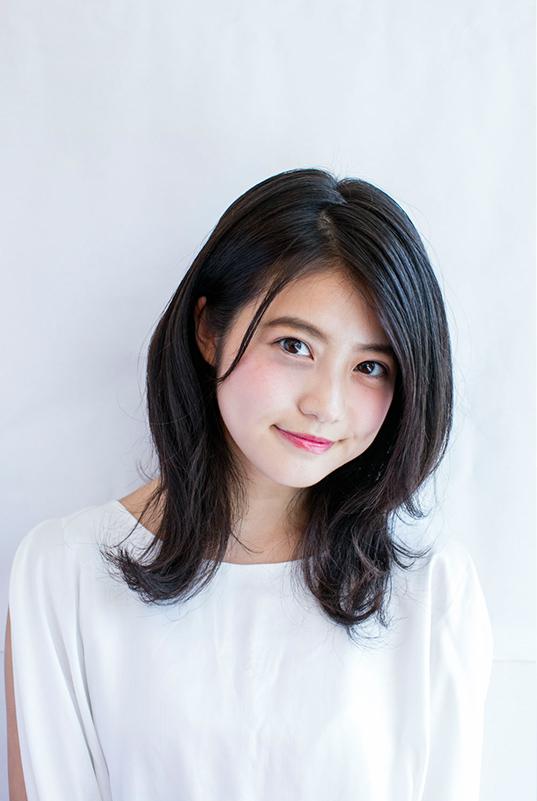 今田美桜(20)の水着グラビア&始球式パンチラエロ画像73枚・27枚目の画像