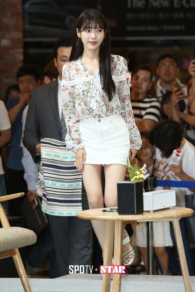 韓国娘の美脚率が異常~!必ず抜ける美女エロ画像33枚・40枚目の画像