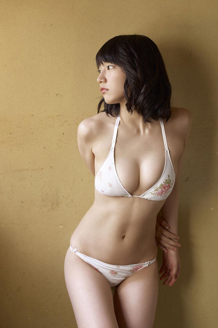 吉岡里帆のドラマ乳首見えハプニング等抜けるエロ画像200枚・202枚目の画像