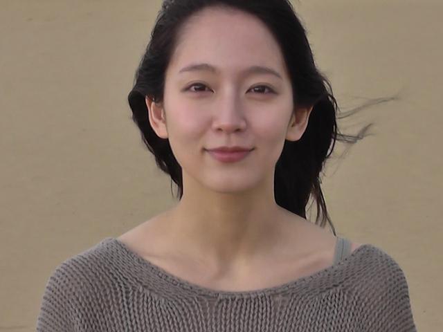 吉岡里帆のドラマ乳首見えハプニング等抜けるエロ画像200枚・162枚目の画像