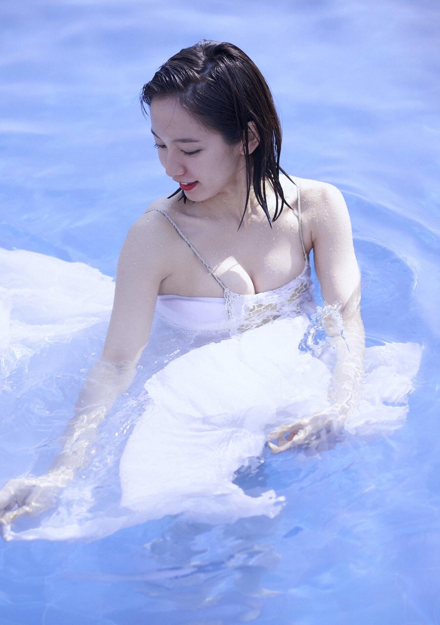 吉岡里帆のドラマ乳首見えハプニング等抜けるエロ画像200枚・219枚目の画像