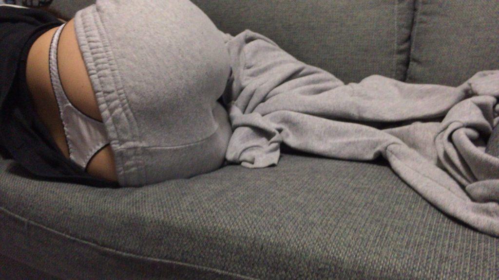 寝間着姿の素人さんをリベンジポルノしたエロ画像30枚・2枚目の画像