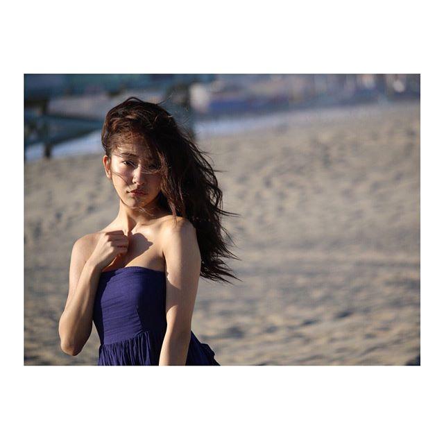 板野友美(26)のヌード間近の変態ハミ尻写真集エロ画像70枚・25枚目の画像