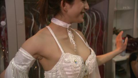 不倫LINE流出!上原多香子(34)のヌード&乳首ポロリエロ画像35枚・8枚目の画像