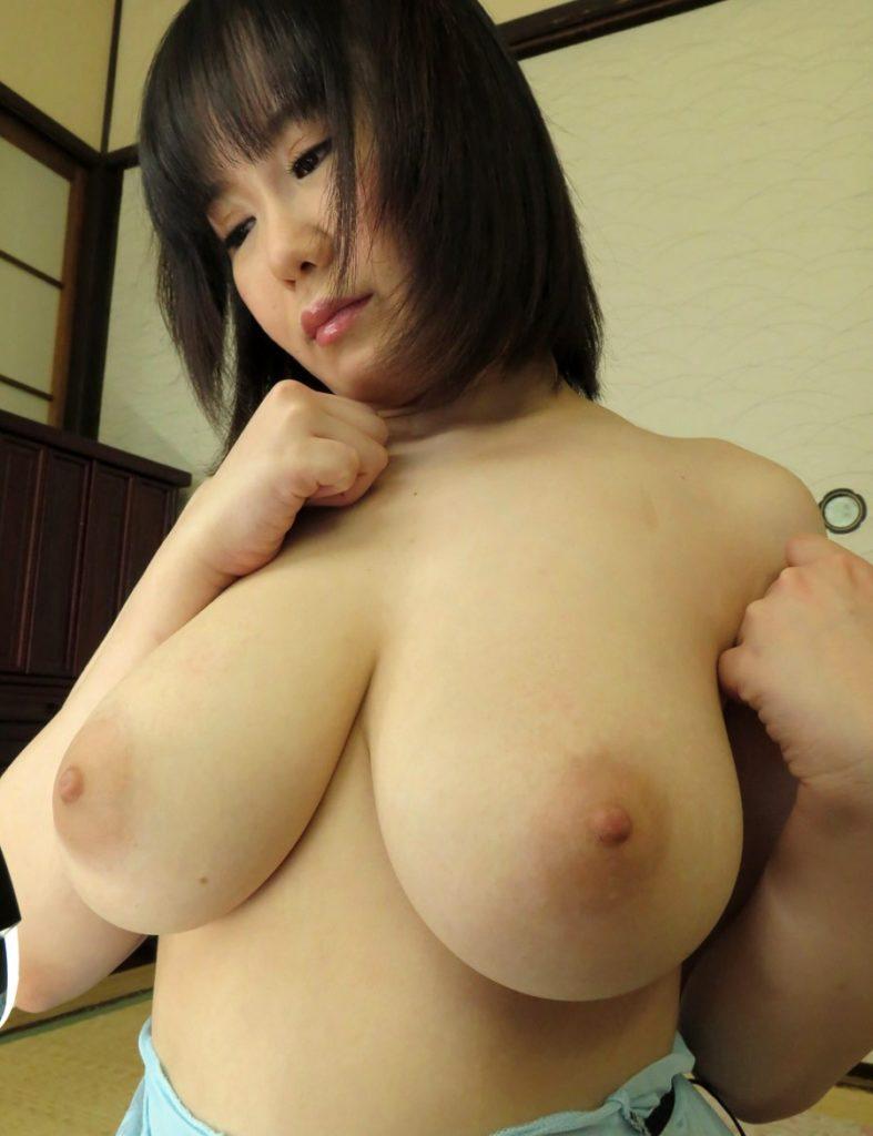 形、大きさ、乳首の色!90点以上の神乳おっぱいエロ画像33枚・11枚目の画像