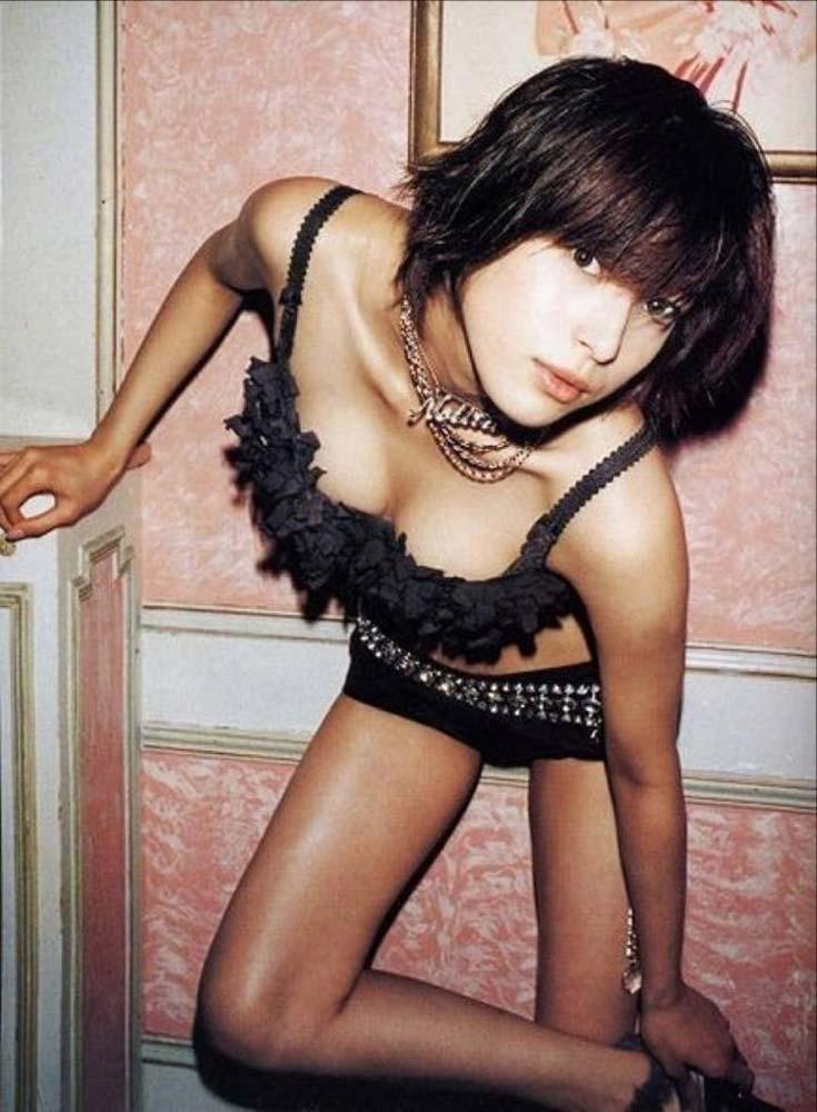 不倫LINE流出!上原多香子(34)のヌード&乳首ポロリエロ画像35枚・12枚目の画像