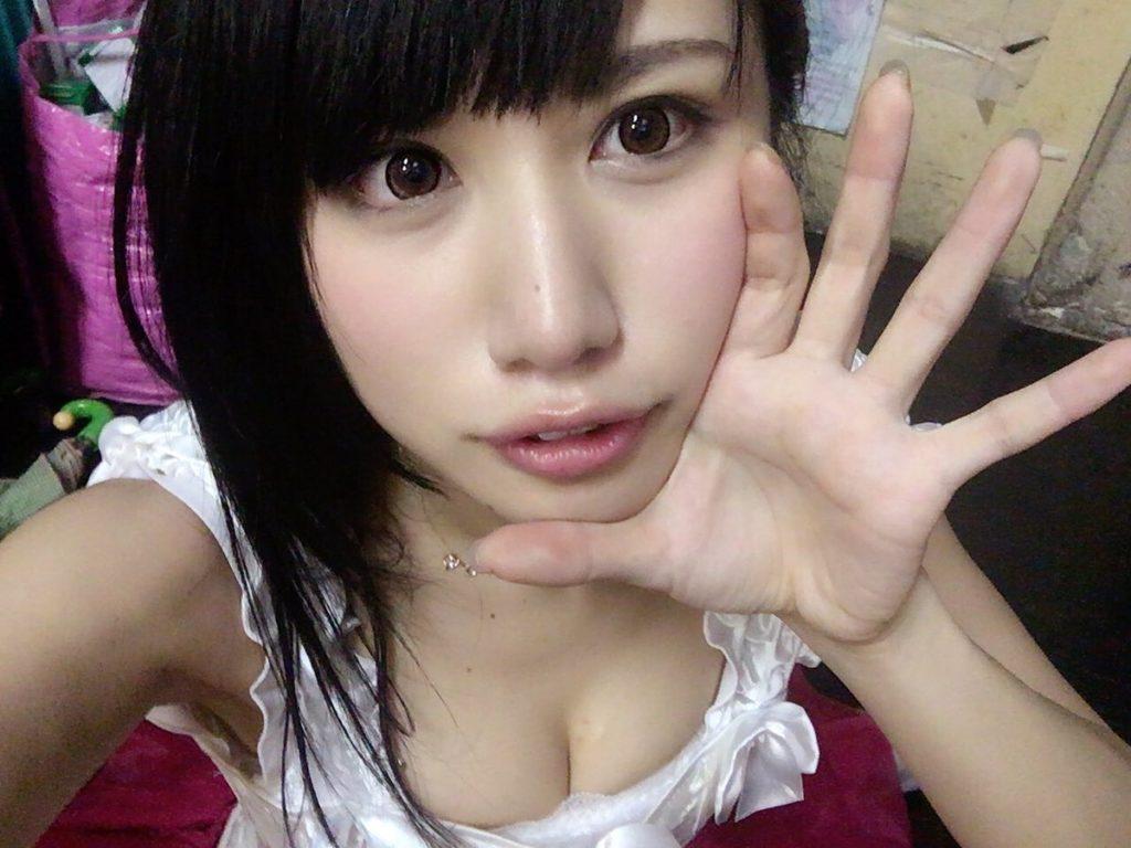 アイドル鈴原優美(23)の変態Gカップ水着姿のエロ画像35枚・21枚目の画像