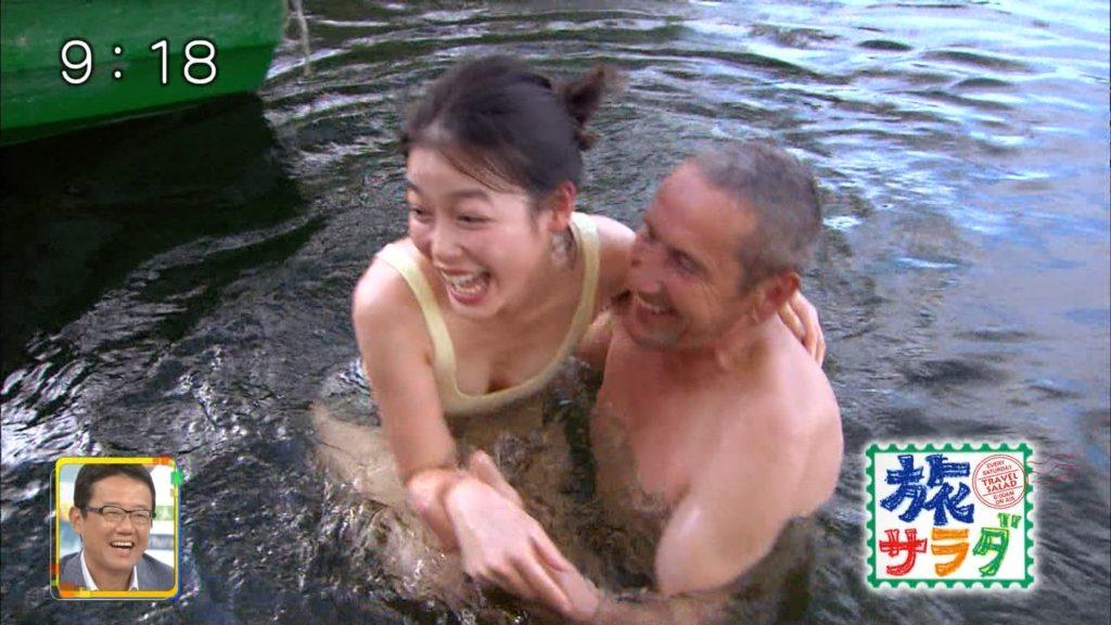 旅サラダガールズ・吉倉あおい(22)の胸チラエロ画像36枚・25枚目の画像