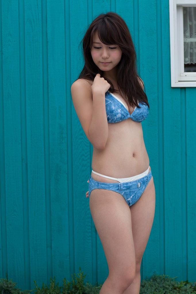 SKE48大場美奈(25)のEカップ巨乳が抜ける最新グラビアエロ画像75枚・26枚目の画像