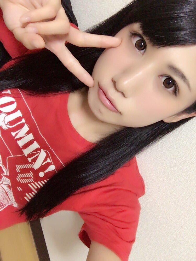 アイドル鈴原優美(23)の変態Gカップ水着姿のエロ画像35枚・28枚目の画像