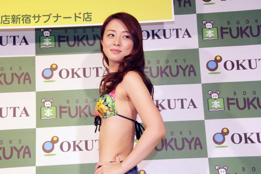 祥子(32)の最新ヌード写真集エロ画像36枚・30枚目の画像