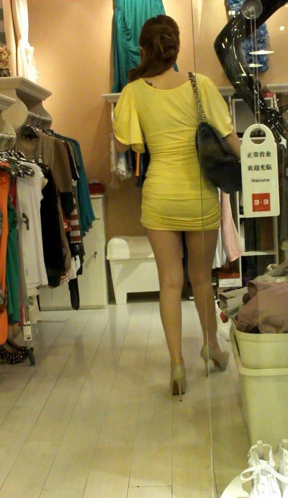 生足露出がエロい中国人素人娘のエロ画像35枚・38枚目の画像