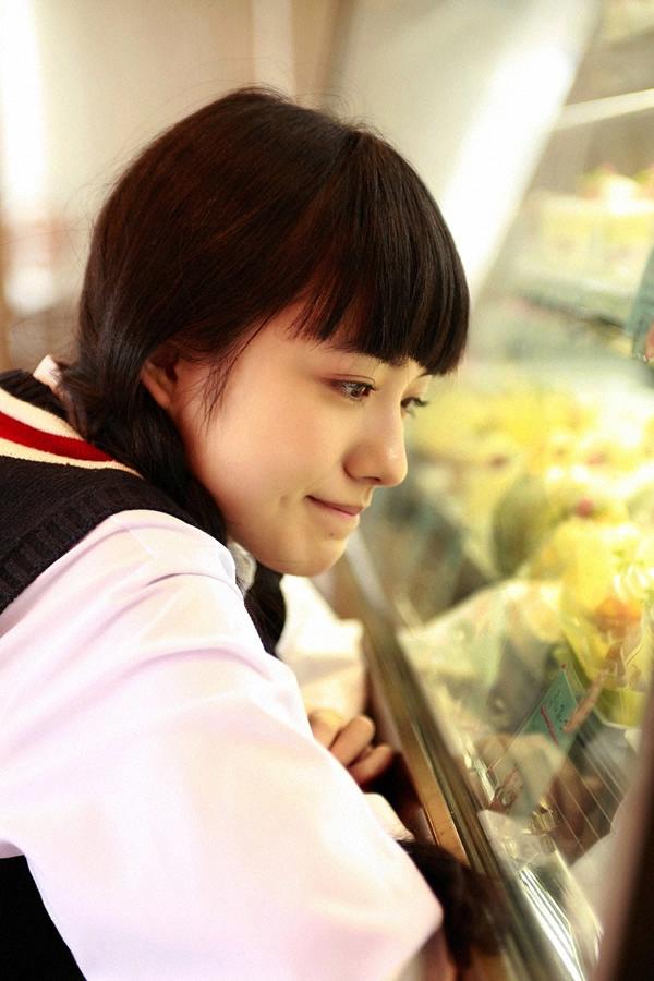 朝ドラひよっこ女優・小島藤子(23)の下着グラビアエロ画像85枚・84枚目の画像
