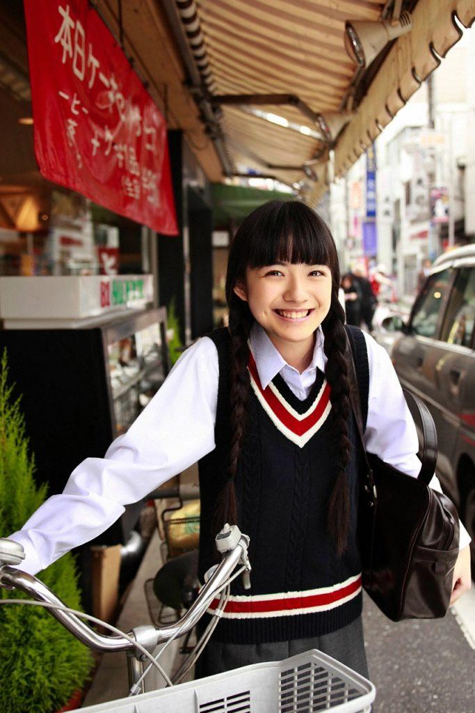 朝ドラひよっこ女優・小島藤子(23)の下着グラビアエロ画像85枚・88枚目の画像