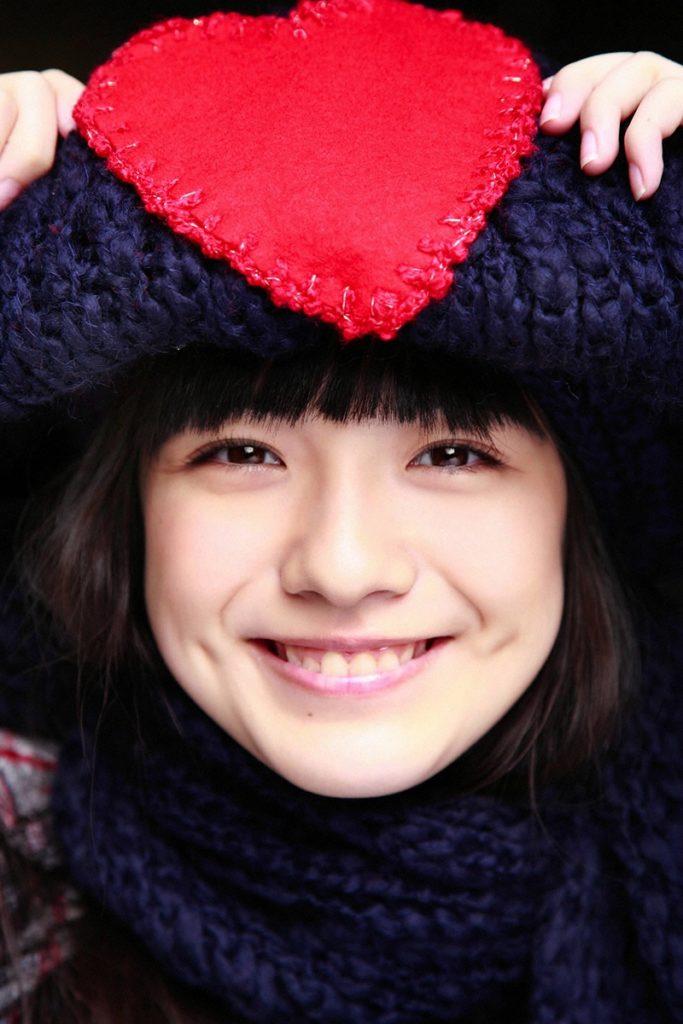 朝ドラひよっこ女優・小島藤子(23)の下着グラビアエロ画像85枚・90枚目の画像