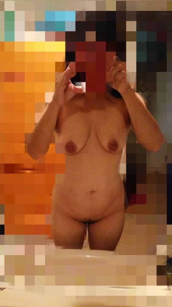 出会い系で男漁り?熟女の自画撮りエロ画像30枚・35枚目の画像