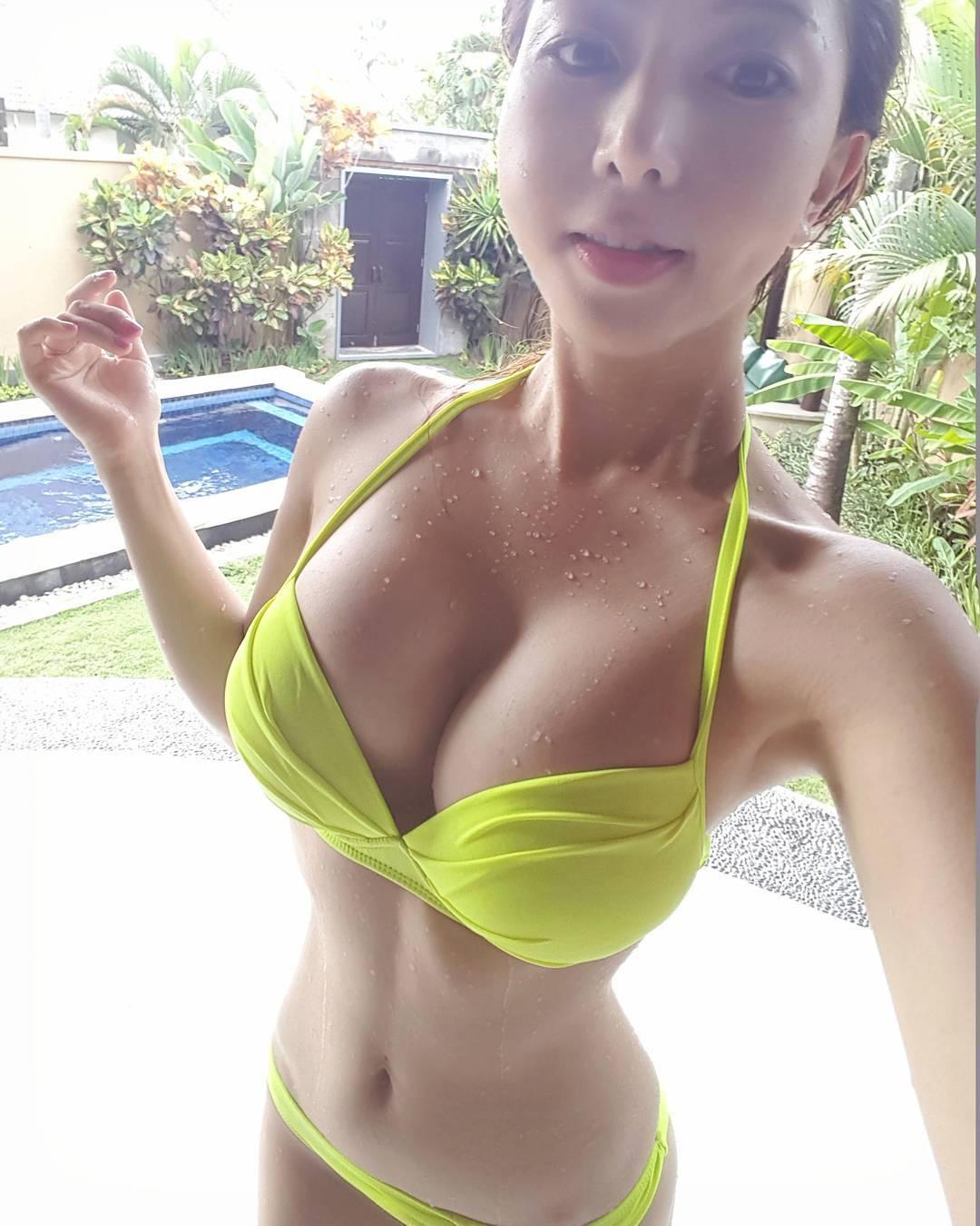 豊胸万歳!韓国美女の着衣巨乳&インスタ自撮りエロ画像65枚・40枚目の画像