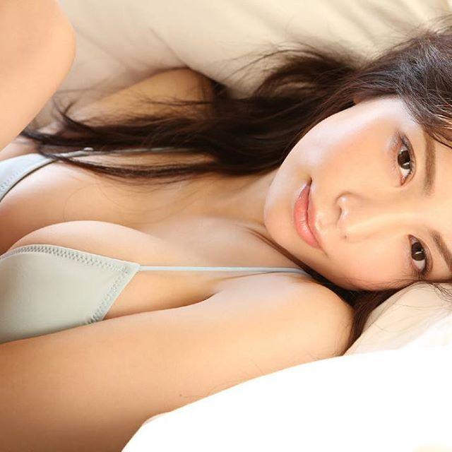 【逸材】仲村美海(25)の新人初グラビアエロ画像96枚・85枚目の画像