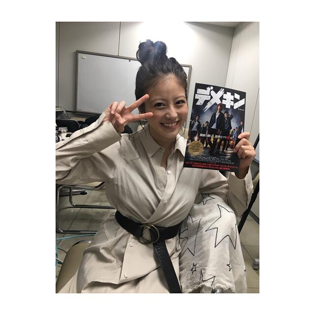 今田美桜(20)の水着グラビア&始球式パンチラエロ画像73枚・54枚目の画像