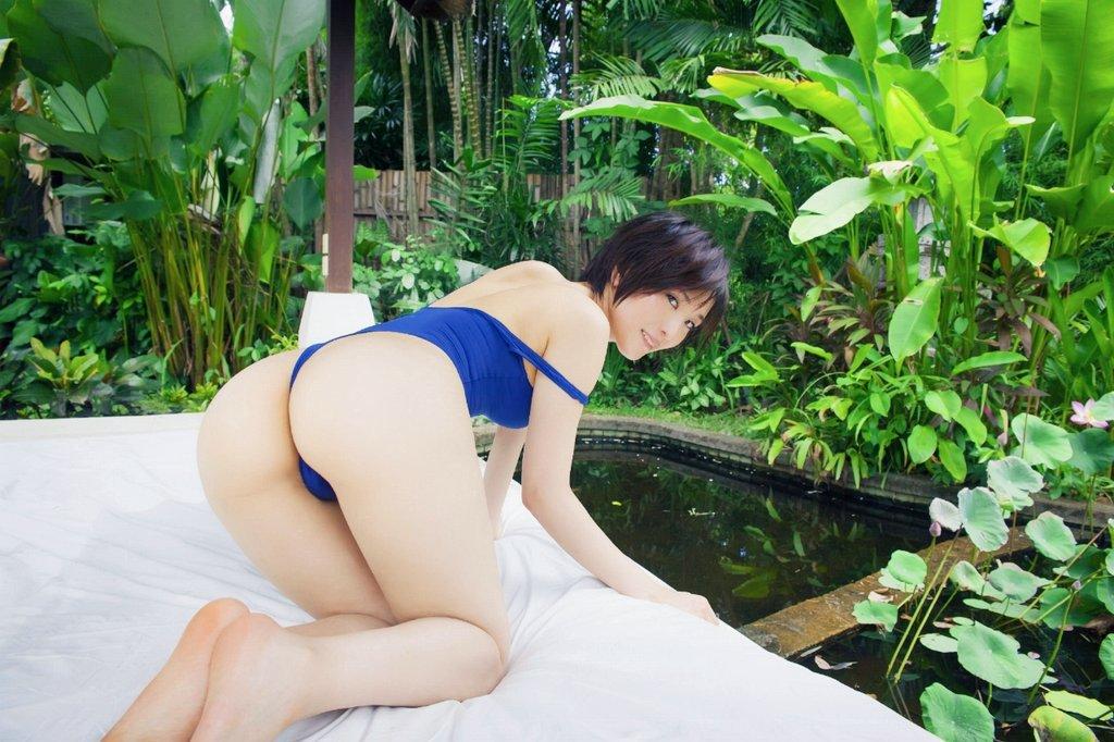 朝比奈祐未(25)のGカップ美尻が拝めるグラビアエロ画像100枚・7枚目の画像