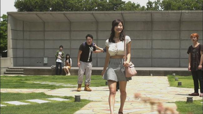 小倉優香(19)Gカップ8頭身「リアル峰不二子ボディ」のグラビアエロ画像165枚・165枚目の画像