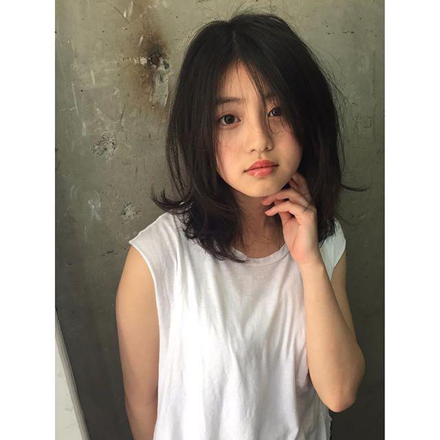 今田美桜(20)の水着グラビア&始球式パンチラエロ画像73枚・72枚目の画像