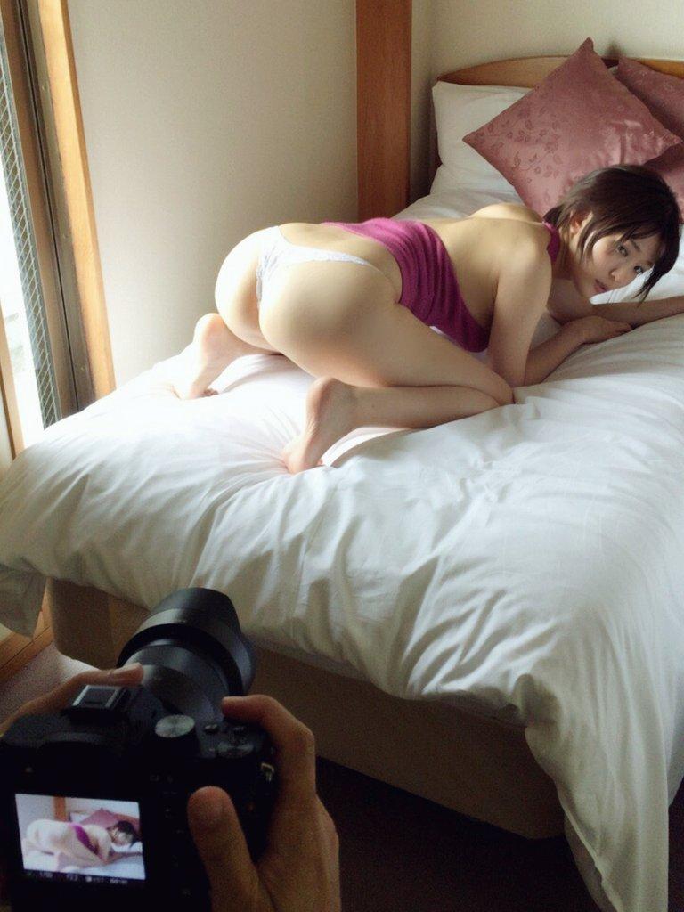 朝比奈祐未(25)のGカップ美尻が拝めるグラビアエロ画像100枚・25枚目の画像