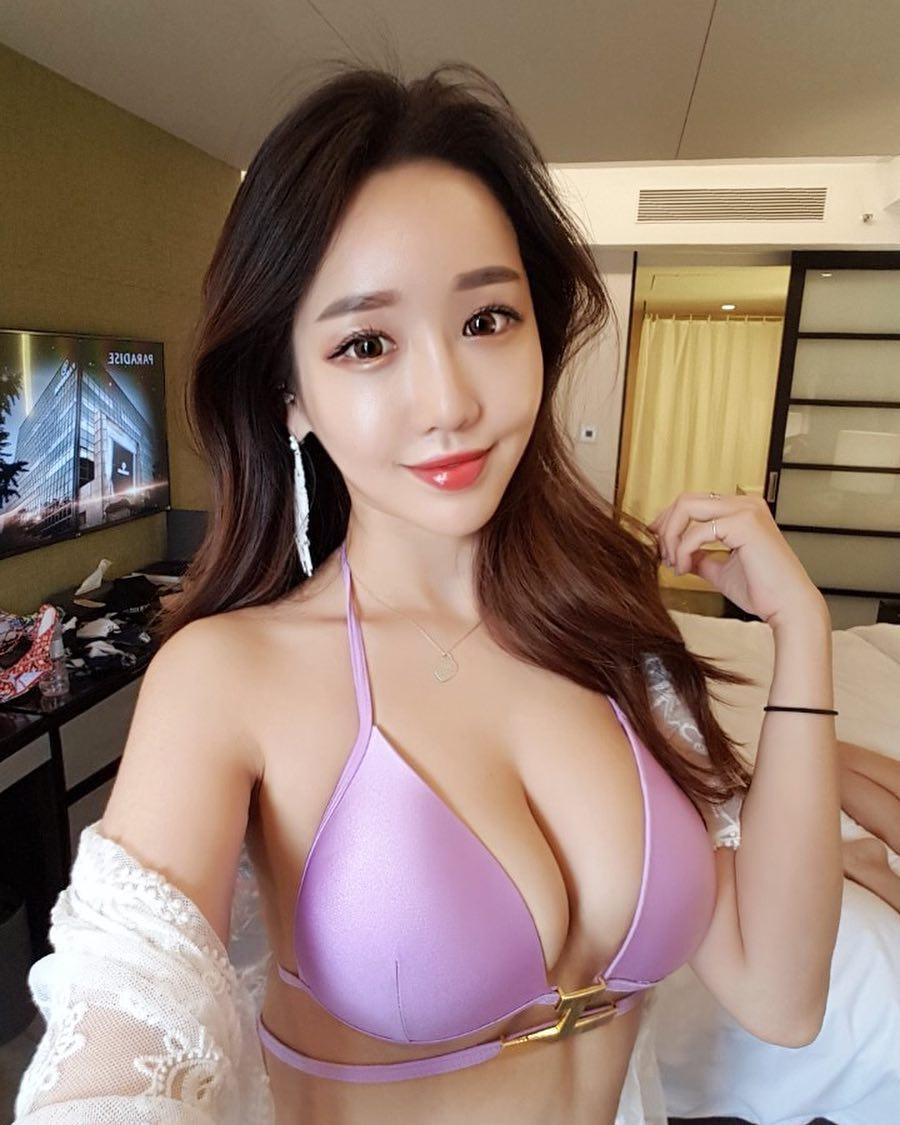 豊胸万歳!韓国美女の着衣巨乳&インスタ自撮りエロ画像97枚・58枚目の画像
