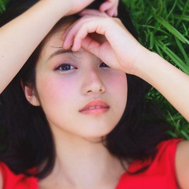 今田美桜(20)の水着グラビア&始球式パンチラエロ画像73枚・77枚目の画像