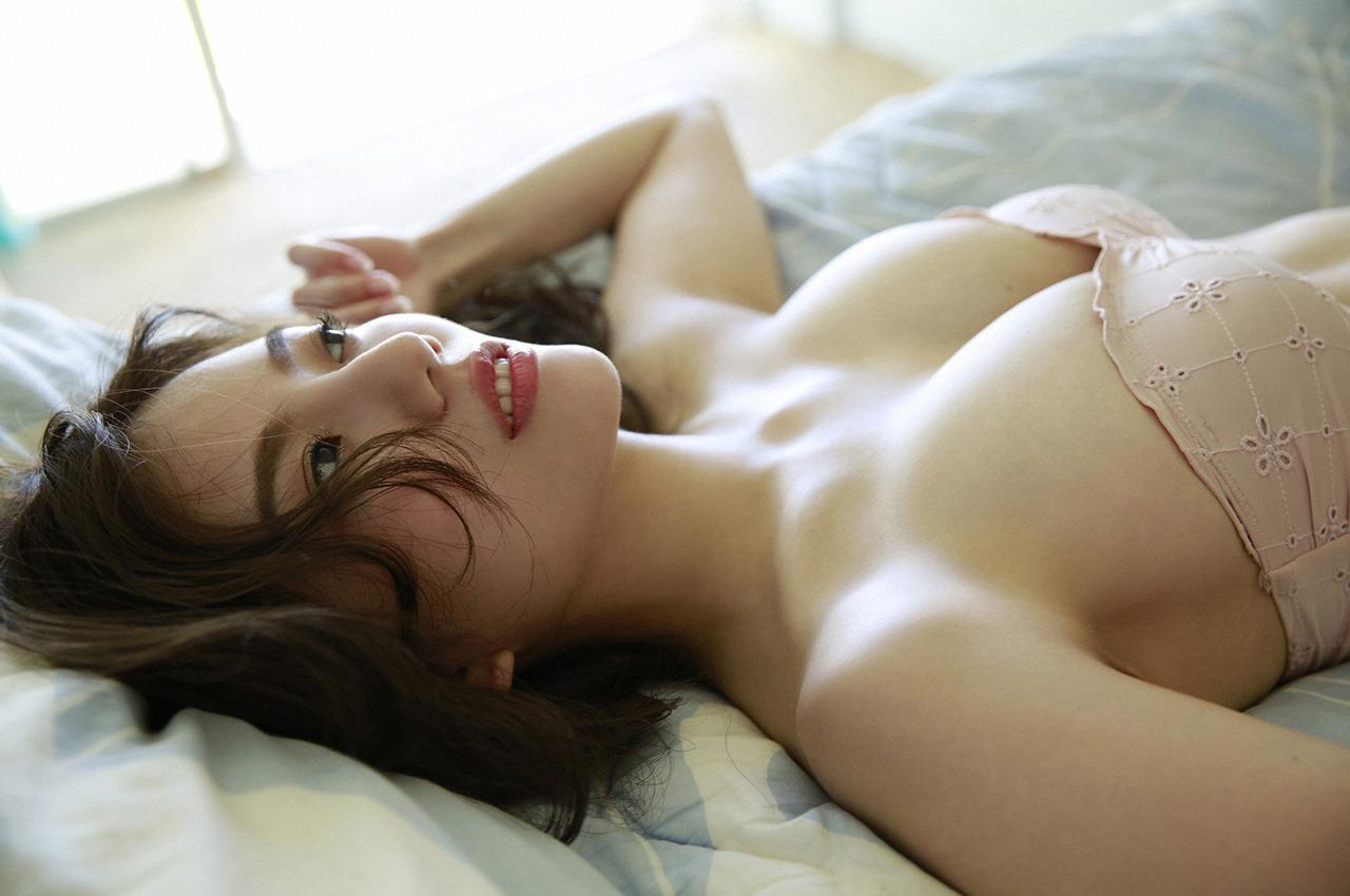 伊東紗冶子(23)Gカップキャスターの水着グラビア画像116枚・120枚目の画像