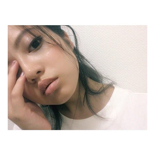 今田美桜(20)の水着グラビア&始球式パンチラエロ画像73枚・78枚目の画像