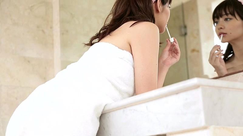 里々佳(22)Eカップ巨乳美女の水着グラビアエロ画像160枚・108枚目の画像