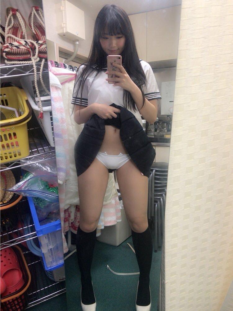 寺口智香(27)「パンモロ女王」のエロ画像40枚・2枚目の画像