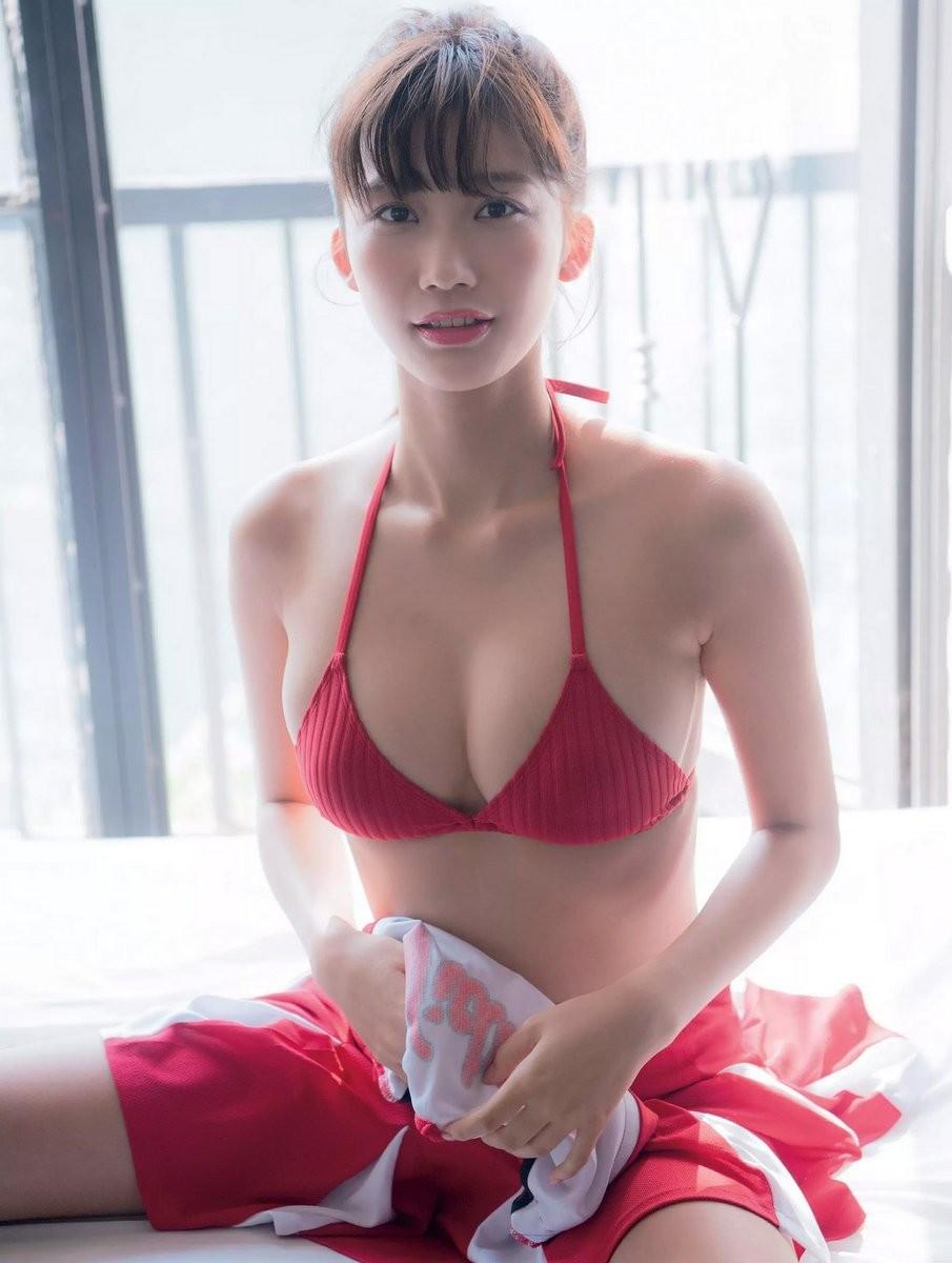 小倉優香(19)Gカップ8頭身「リアル峰不二子ボディ」のグラビアエロ画像165枚・14枚目の画像