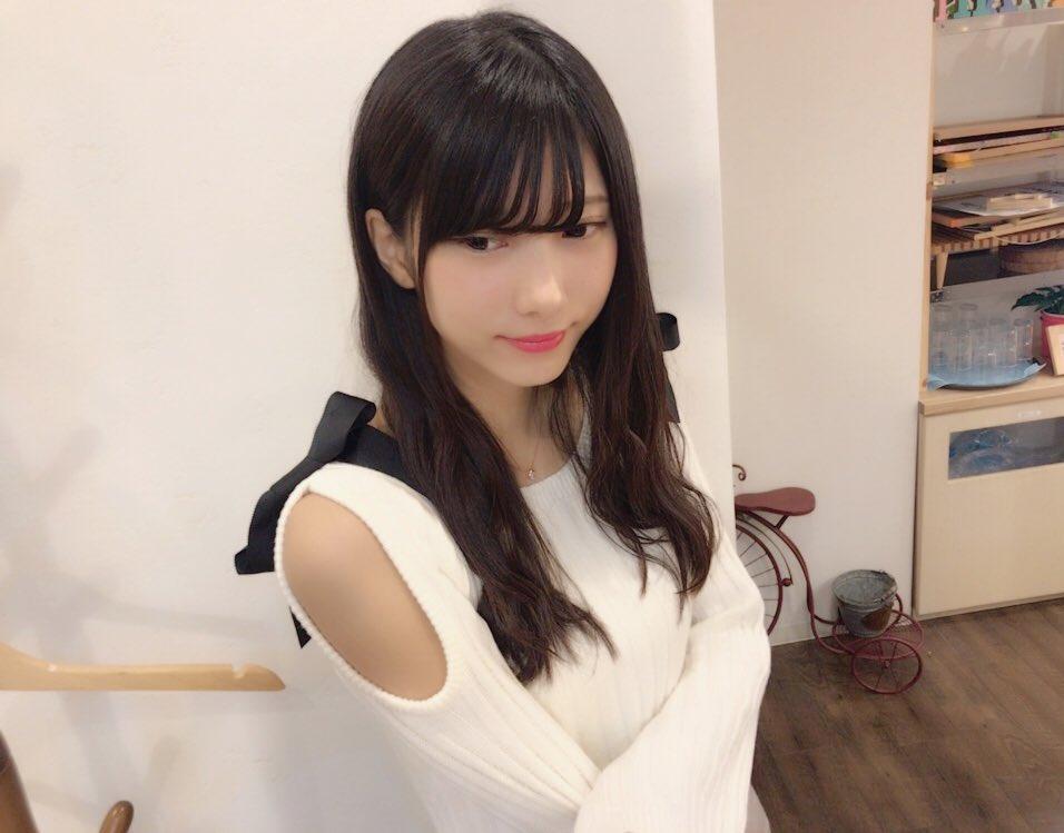 山広美保子(20)黒髪細身美少女の水着グラビアエロ画像35枚・20枚目の画像
