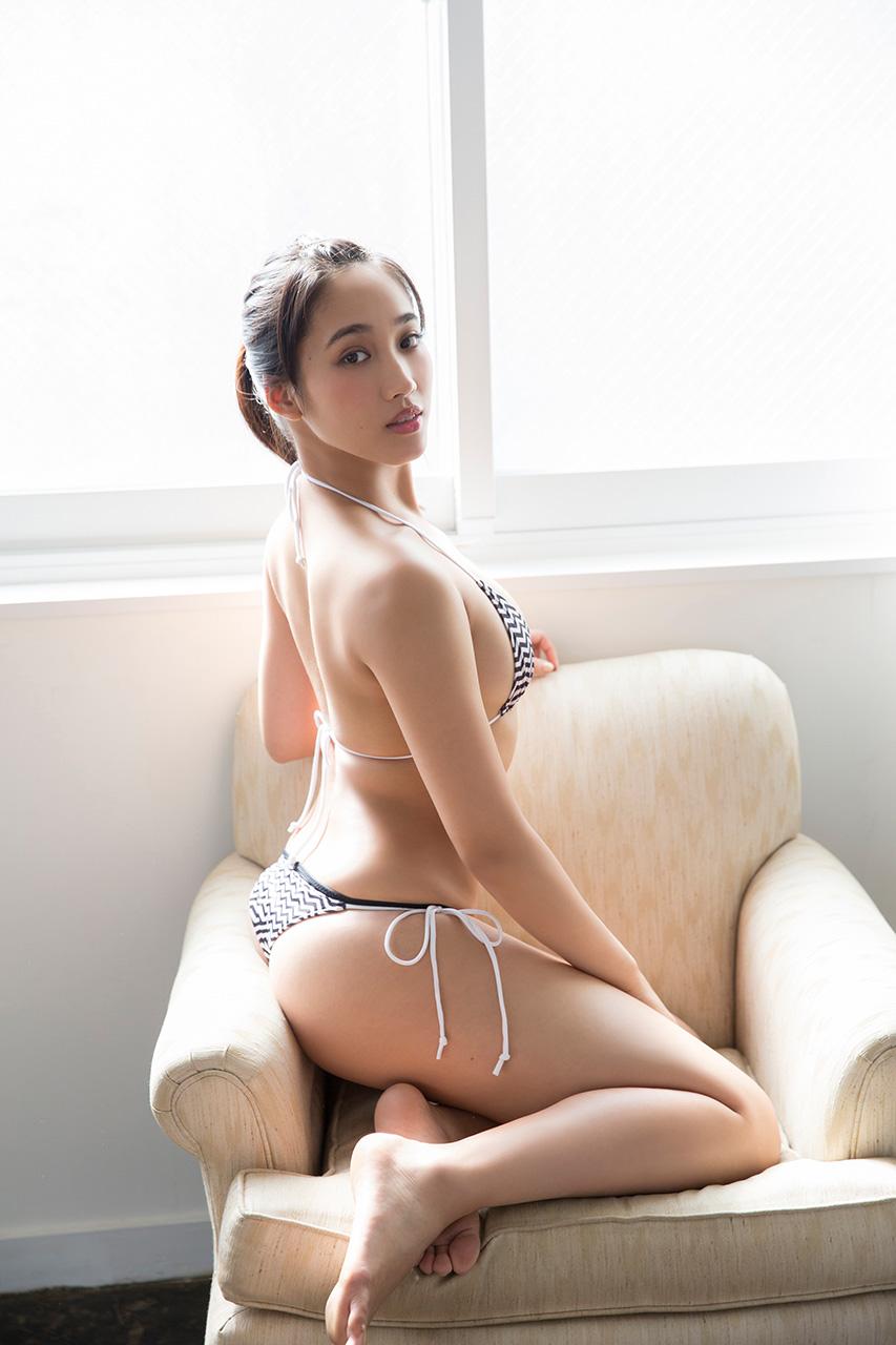 岡田サリオ(24)の超美尻!大開脚グラビアエロ画像50枚・21枚目の画像