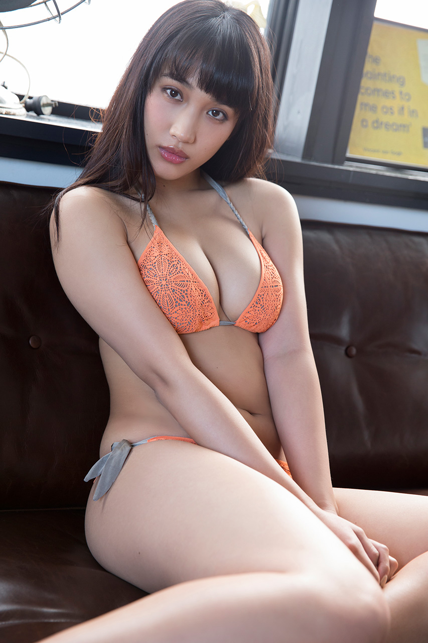 岡田サリオ(24)の超美尻!大開脚グラビアエロ画像50枚・22枚目の画像