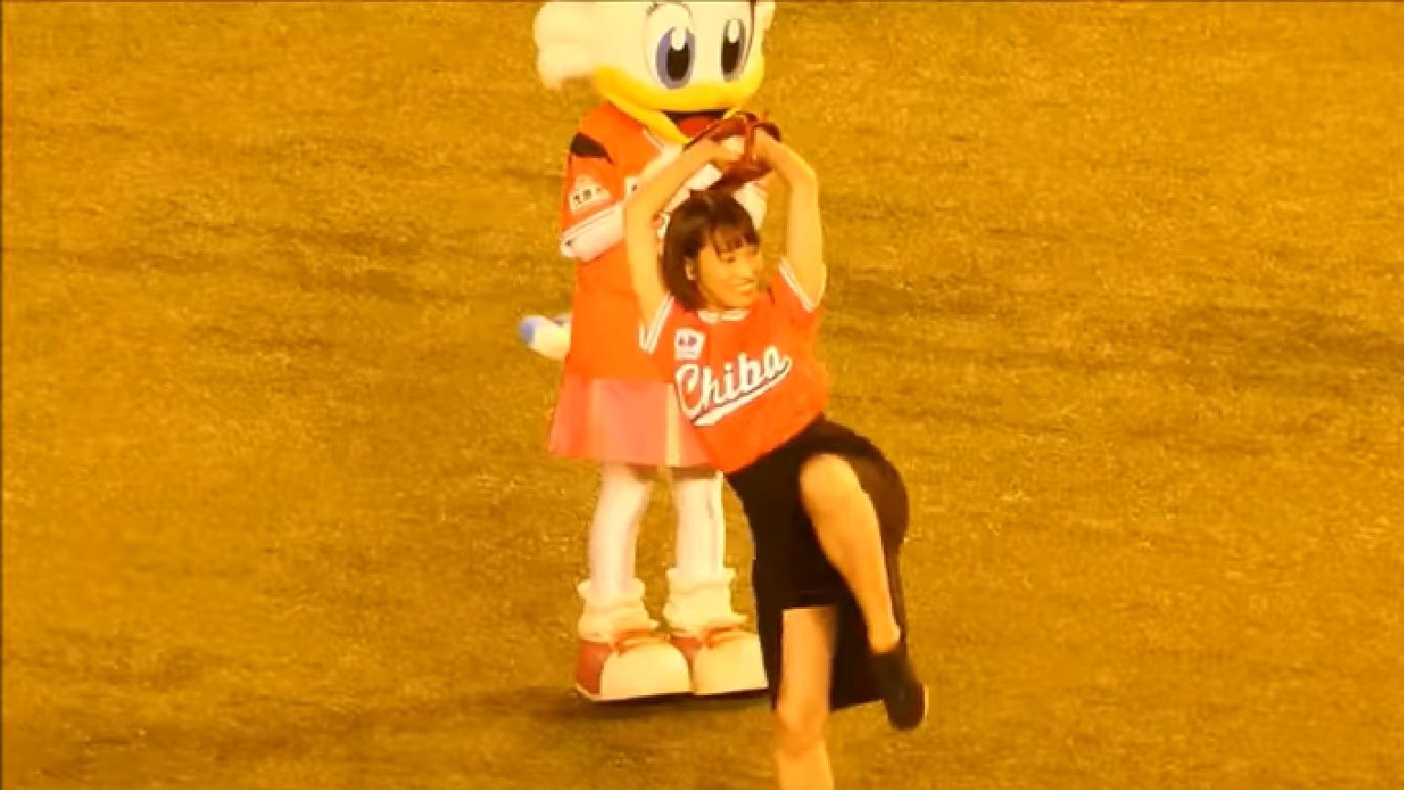 岡田サリオ(24)の超美尻!大開脚グラビアエロ画像50枚・37枚目の画像