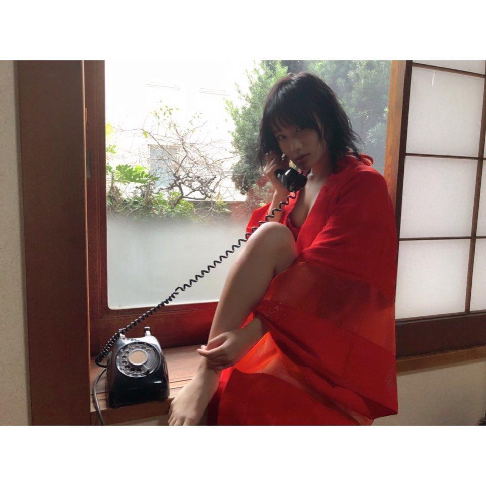 城恵理子(19)乳首丸出しオフショット&水着グラビア画像50枚・2枚目の画像