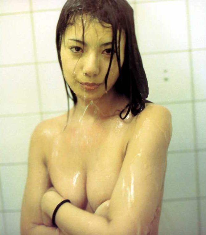 三船美佳(35)の背中ヌードや抜ける水着グラビアエロ画像65枚・7枚目の画像