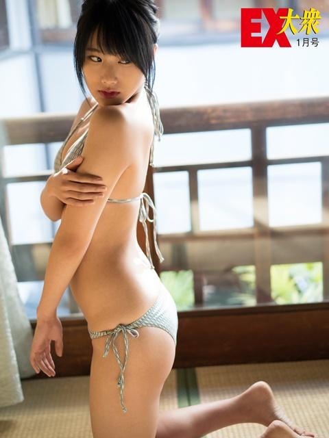 城恵理子(19)乳首丸出しオフショット&水着グラビア画像50枚・9枚目の画像