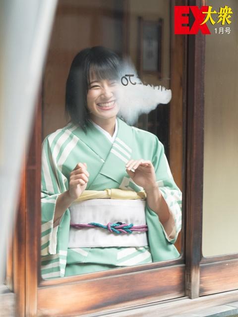 城恵理子(19)乳首丸出しオフショット&水着グラビア画像50枚・11枚目の画像