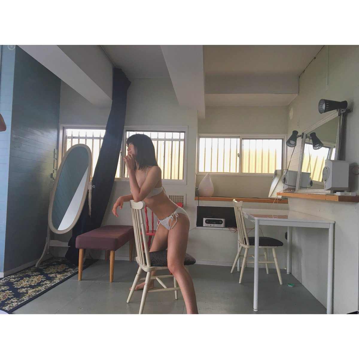 NMB48上西怜(16)Fカップが抜ける水着グラビアエロ画像40枚・14枚目の画像