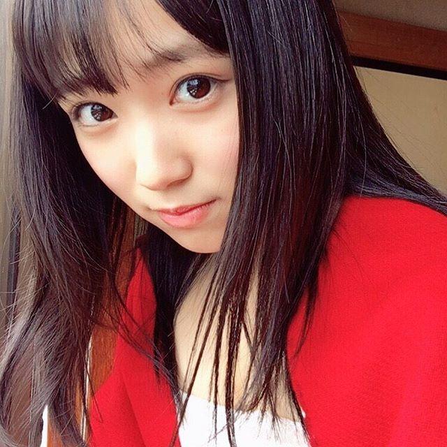 HKT48矢吹奈子(16)の胸チラ、水着グラビアエロ画像34枚・17枚目の画像