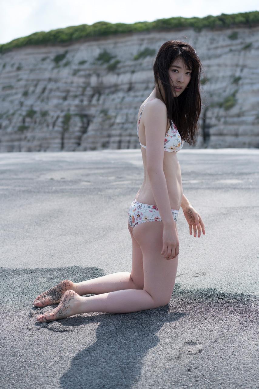水上京香(22)朝ドラ女優の抜ける水着グラビアエロ画像46枚・27枚目の画像