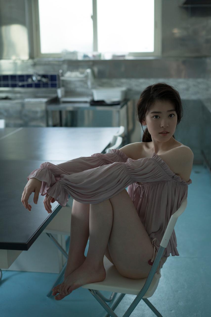 水上京香(22)朝ドラ女優の抜ける水着グラビアエロ画像46枚・30枚目の画像