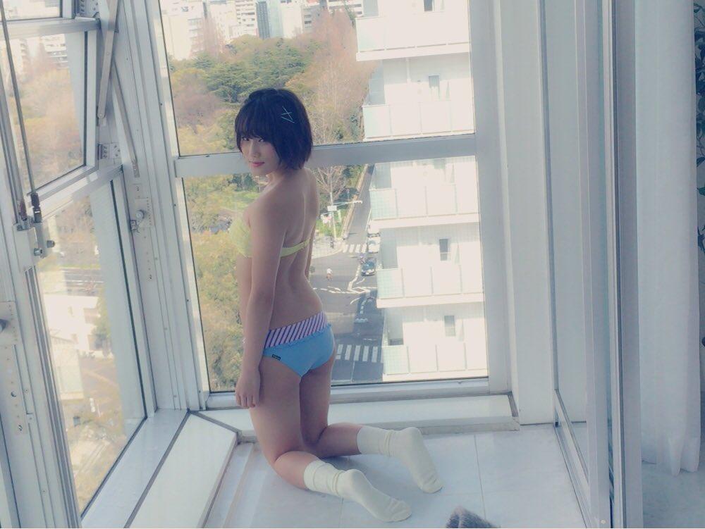 城恵理子(19)乳首丸出しオフショット&水着グラビア画像50枚・45枚目の画像
