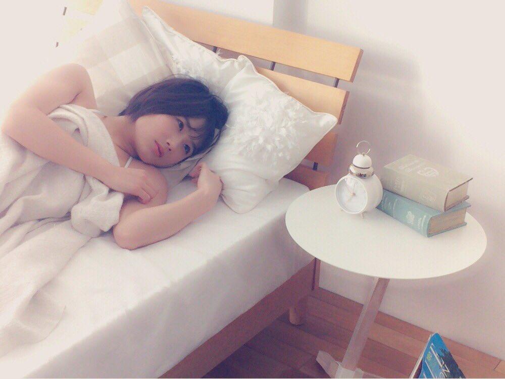 城恵理子(19)乳首丸出しオフショット&水着グラビア画像50枚・46枚目の画像