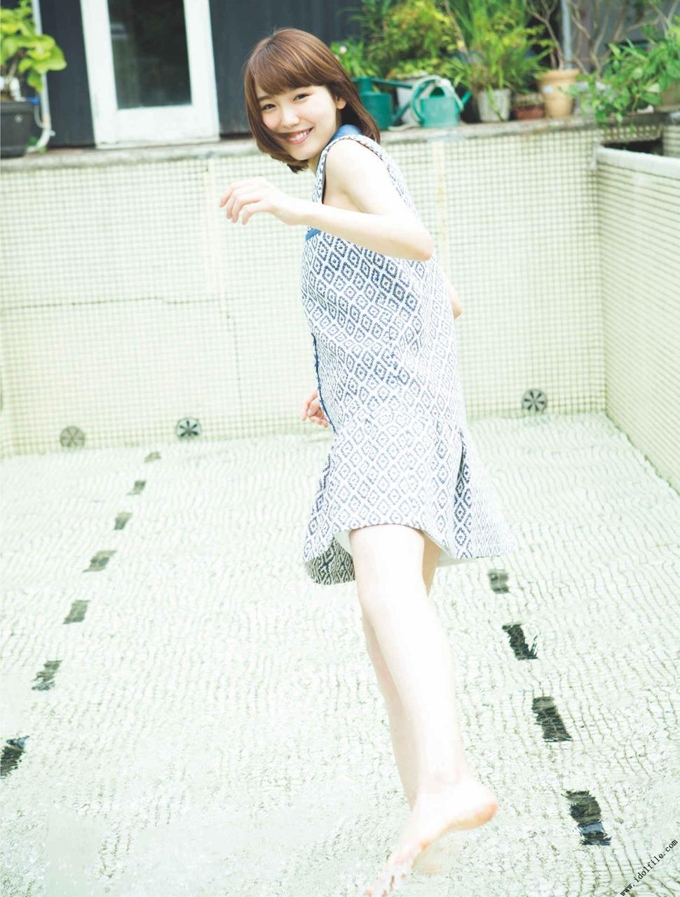 飯豊まりえ(19)写真集の水着・下着姿のエロ画像60枚・58枚目の画像