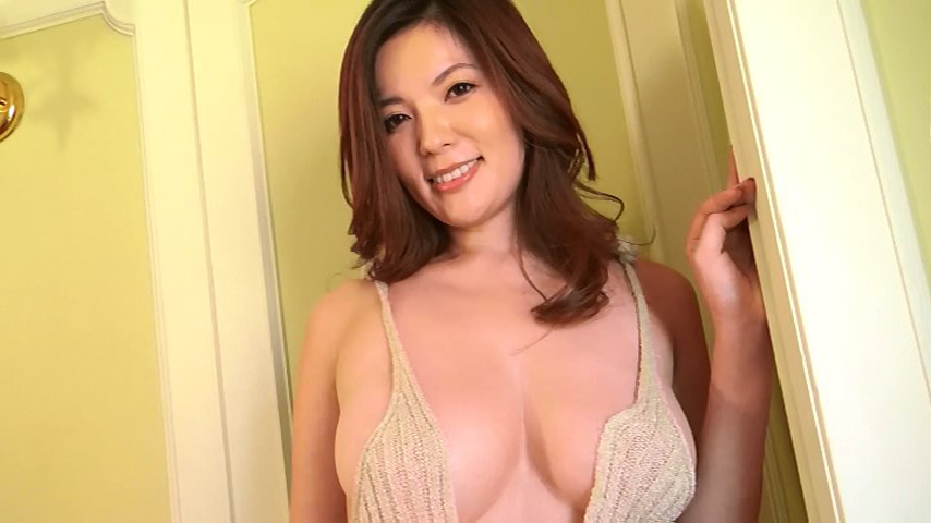 鈴木ミレイ(29)銀座の現役ママの爆乳ヌードグラビア画像50枚・18枚目の画像